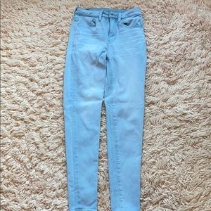3 pairs of jeans ( white, black, blue)